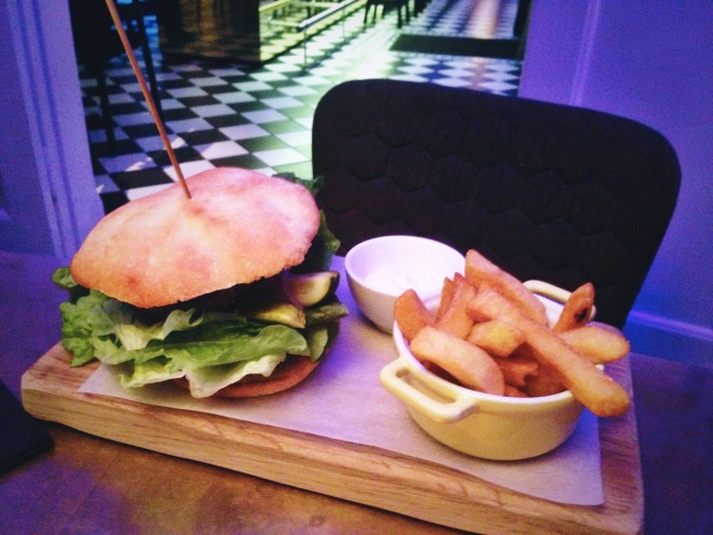 Hamburger and French Fries with aioli at Brasserie Goaroije